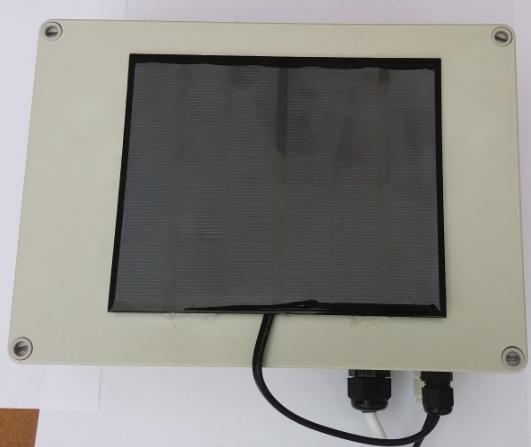 Placa Solar, Bateria, integrat en una caixa IP66